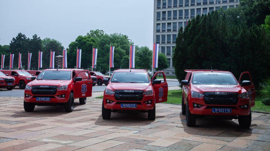 vatrogasci 1 - Prijepolje dobilo novo vozilo za gašenje šumskih požara